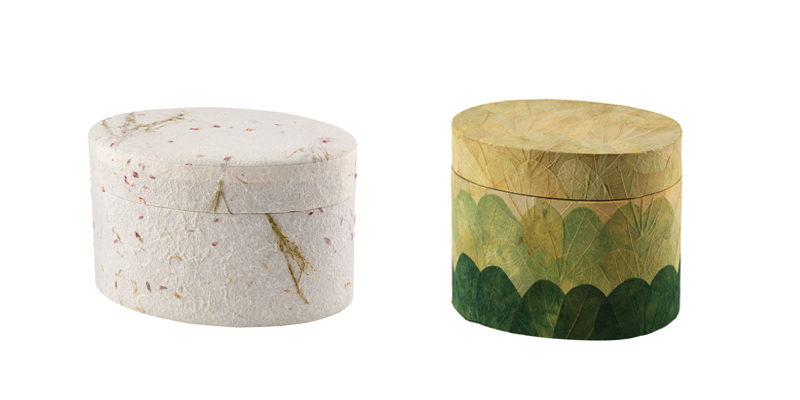 earth urns